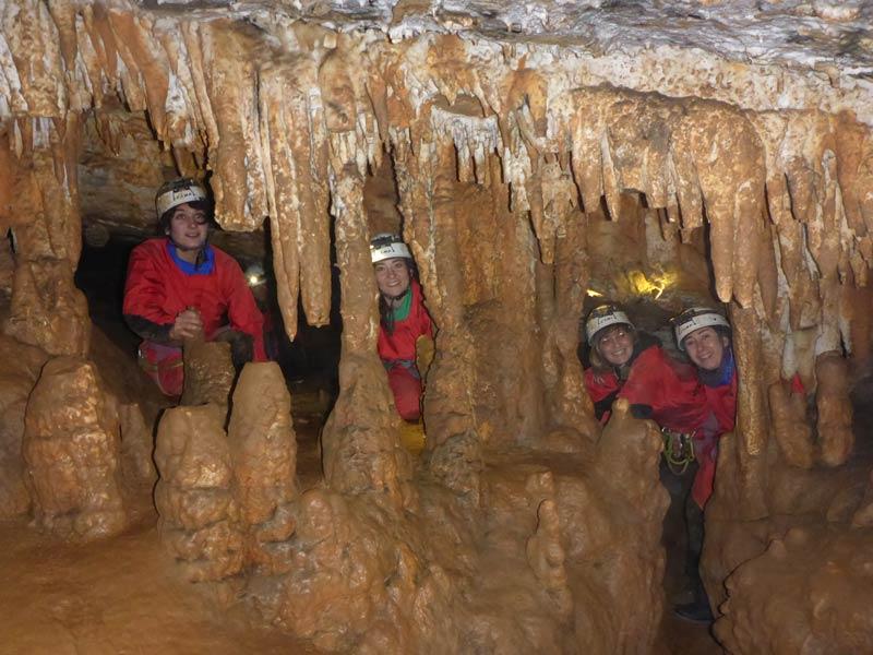 activité famille grotte